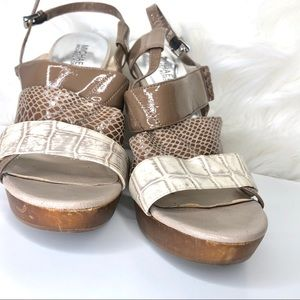 MICHAEL Michael Kors Shoes - MICHAEL KORS | wooden wedge with straps